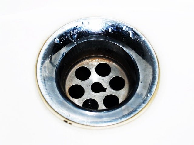 4 Reasons to Have Your Drains Cleaned By the Professionals